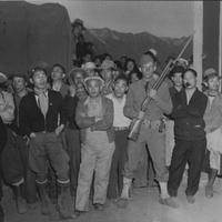 Manzanar internees.jpg